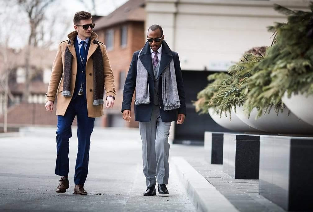 Beter gekleed zijn levert sowieso meer succes op.